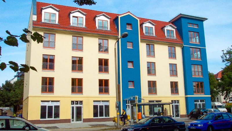 Die Wohnstätte am Pastor-Niemöller-Platz mitten im lebendigen Kiez.